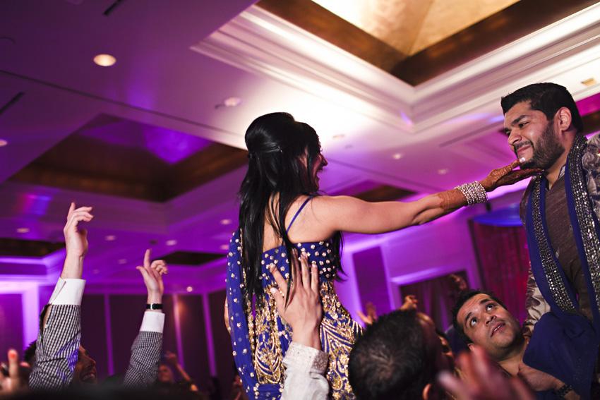 sapna_sanjeev_indian_wedding_w_hotel_020.jpg