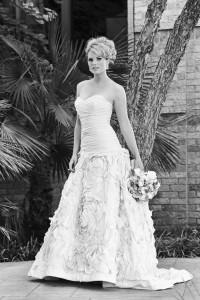 gorgeous bride in vera