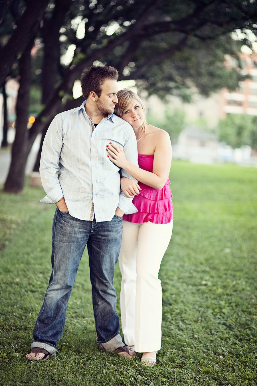 deep ellum engagement session images, fun engagement pictures in dallas, table4 photography