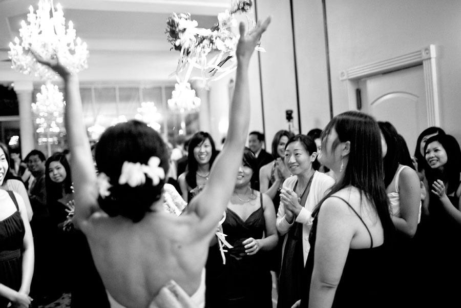 ashton gardens houston wedding images, ashton gardens wedding photographer, exploding bouquet