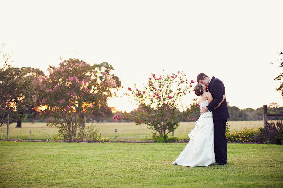 schulenburg wedding photographer, weimar wedding photographer, table 4 weddings photography, reception images, bride and groom portrait images