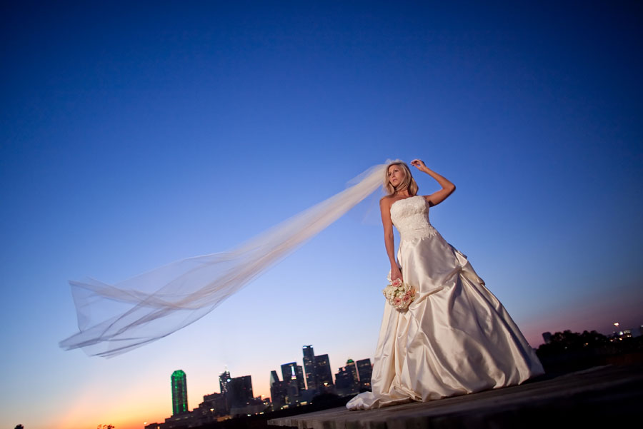 downtown dallas bridal photo