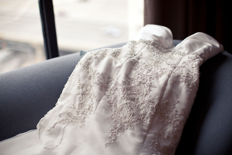 modern glam details at hotel derek houston by table4 wedding photography