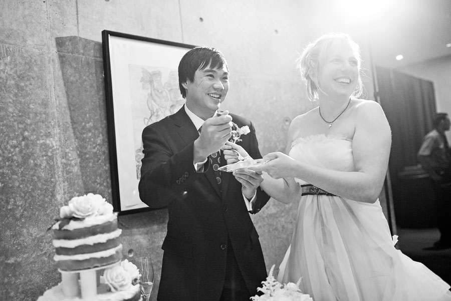 classy vintage wedding at the modern art museum of fort worth photographed dallas wedding photographers table4 weddings