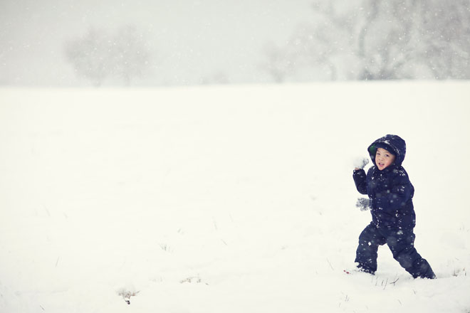 dallas snow day in february 2010 photos at white rock lake by jason huang of table4 weddings