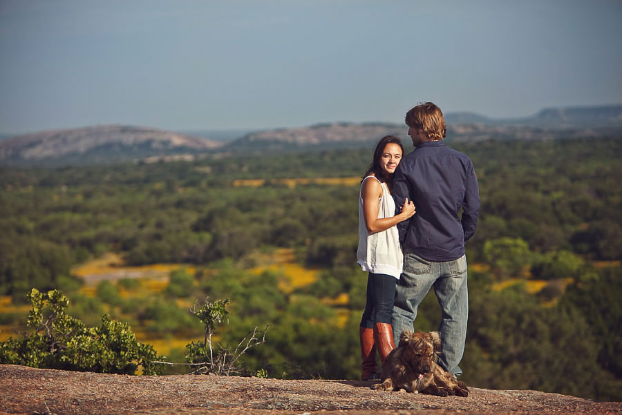 llano texas ranch engagement session by dallas wedding photographer table4