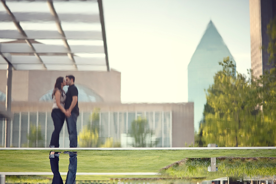 winspear opera house engagement pictures by dallas photographer table4