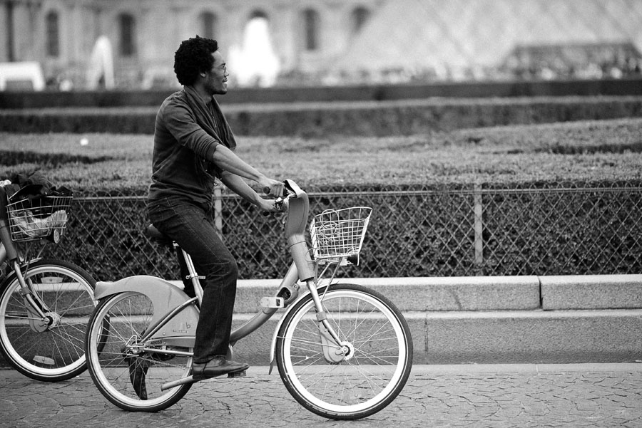 paris bike rental