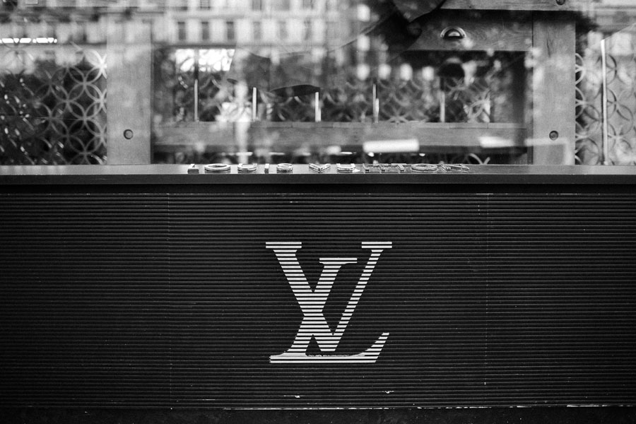 louis vuitton store paris