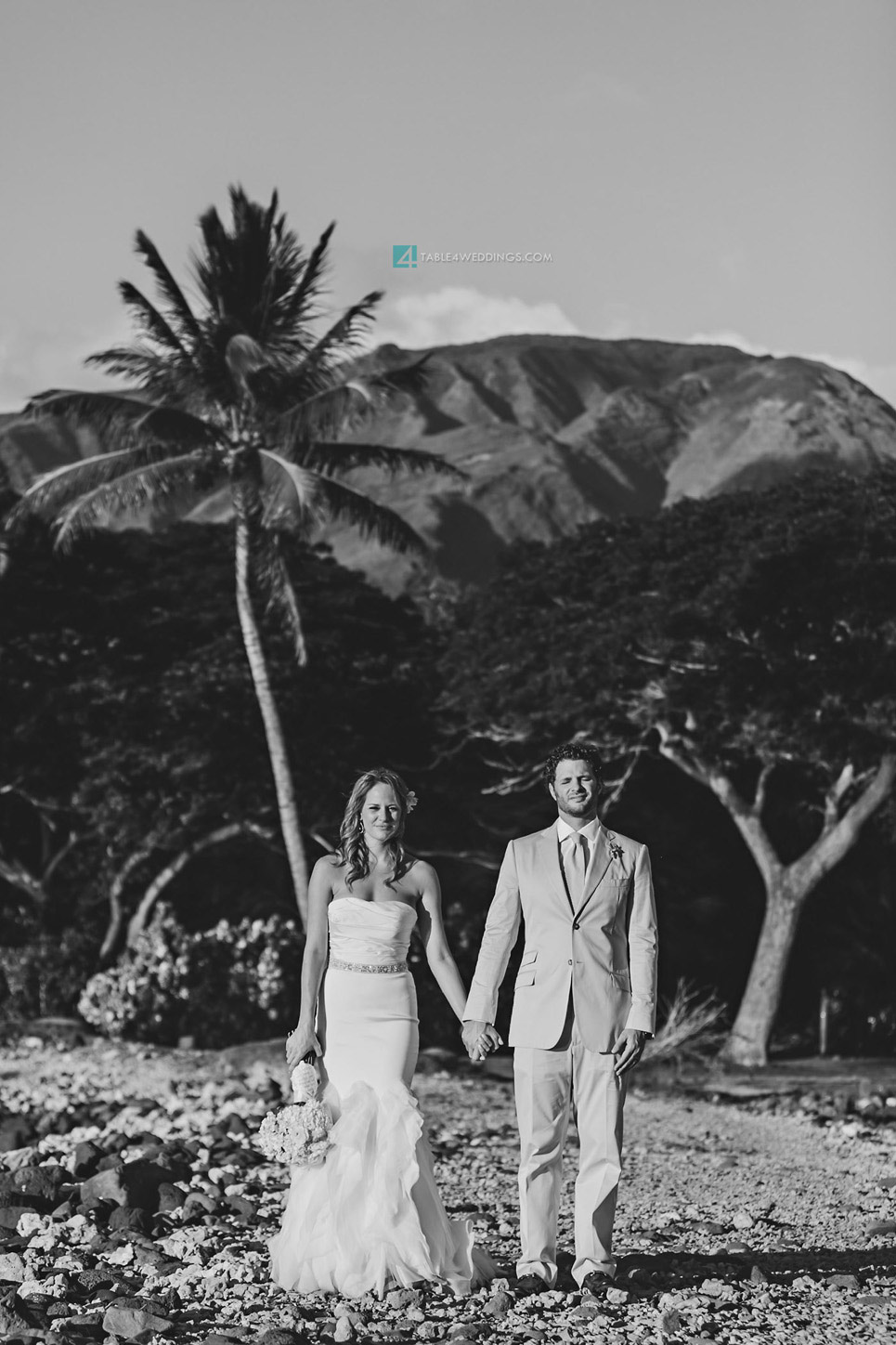 olowalu plantation house wedding sunset portraits, maui wedding photography, hawaii wedding photography