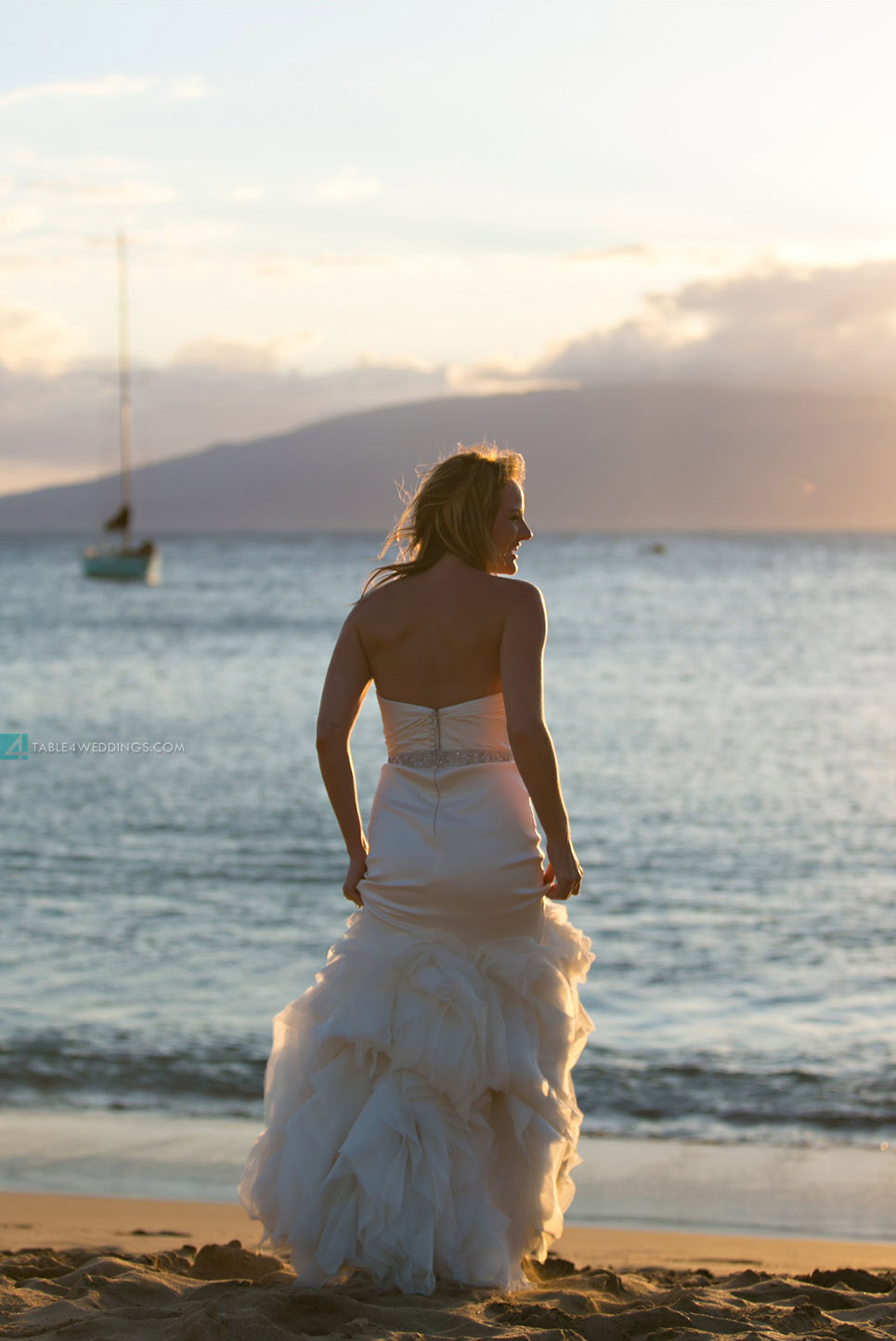 vera wang trash the dress, maui beach wedding shoot, maui wedding photography