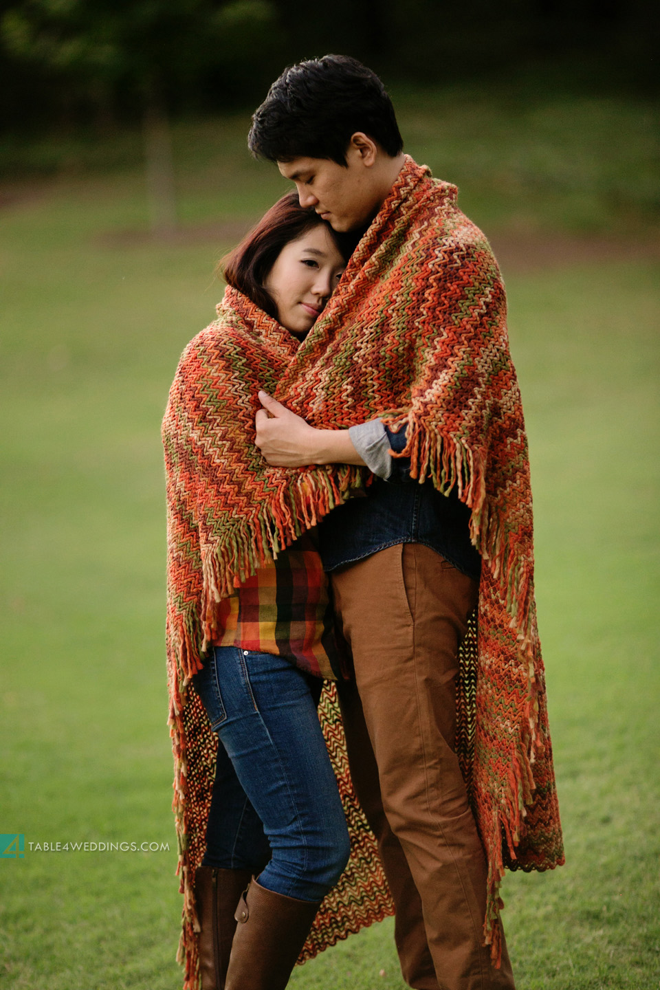 034 table4 best of 2013 engagement photos fall blanket