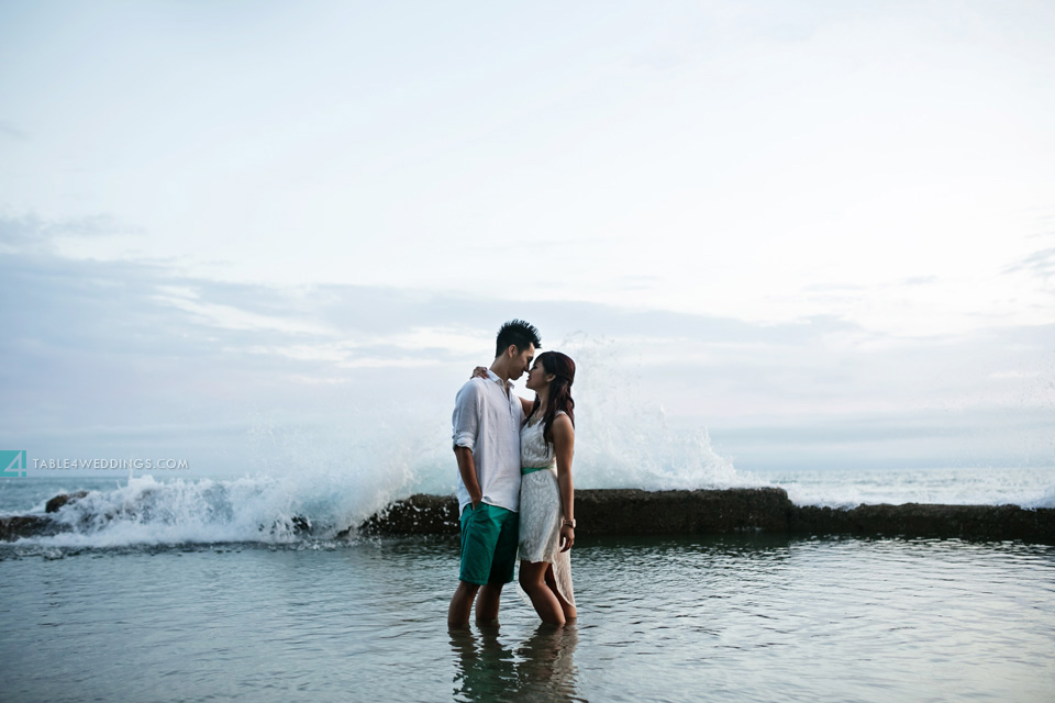 037 table4 best of 2013 engagement photos laguna beach waves crashing