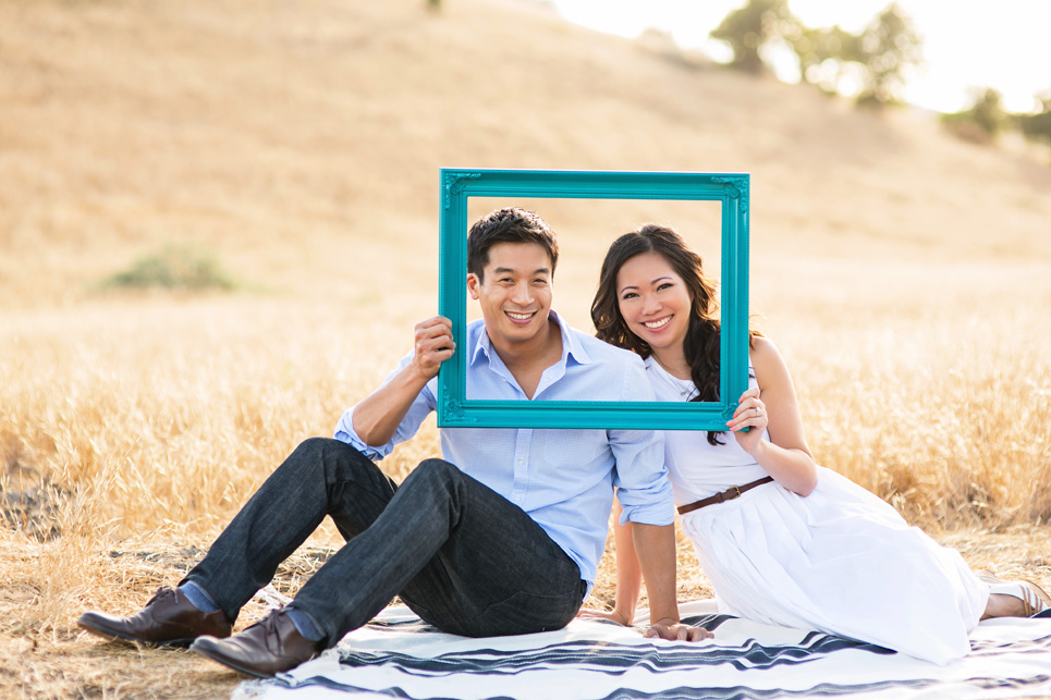 riley wilderness park engagement photo, southern california wedding, picture frame engagement