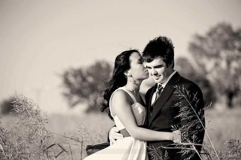 white rock lake wedding picture