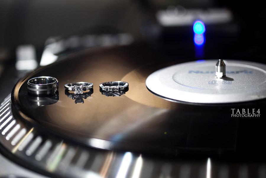 dj ring vinyl image